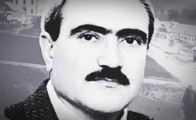 """""""Türkiyem Şiiri""""nin Şairi Dilaver Cebeci vefatının 10. yılında kabri başında anıldı"""