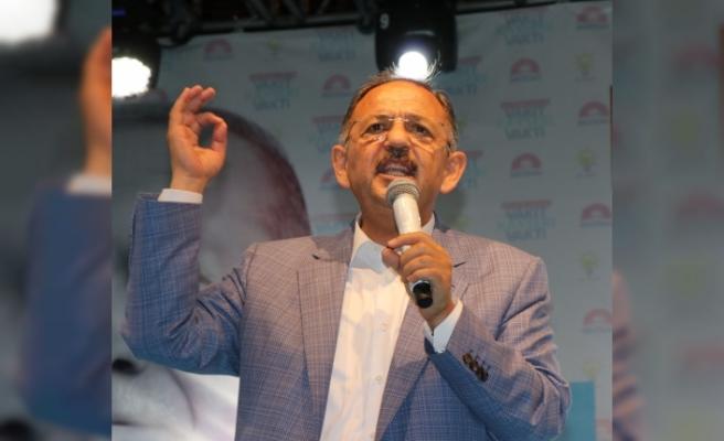Bakan Özhaseki: Demokrasi Bayramınız Kutlu Olsun