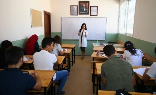 BAYSEM'de Sınav Heyecanı Yaşandı
