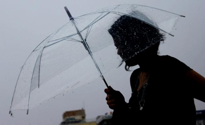 Meteoroloji Uyardı: O Bölgelere Kuvvetli Yağış Geliyor