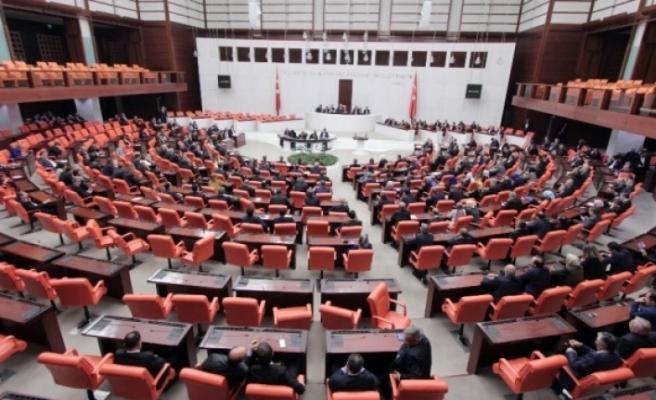 Herkes Bugün Meclisin Açılmasını Bekliyor