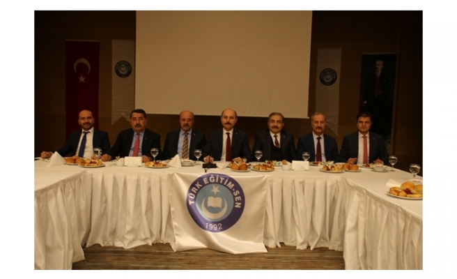 Türk Eğitim-Sen 24 Kasım Öğretmenler Günü Anketi Sonuçlarını Açıkladı