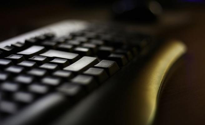 MEB, Dört Beceride İlk Türkçe Elektronik Sınav Düzenledi