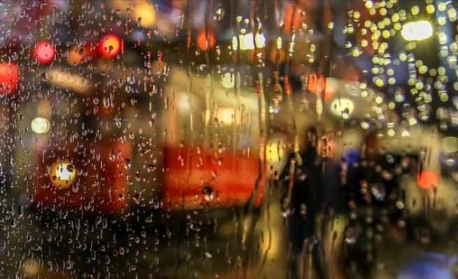 İstanbul'da Akşam Saatlerinden İtibaren Kuvvetli Gök Gürültülü Sağanak Yağış Etkili Olacak