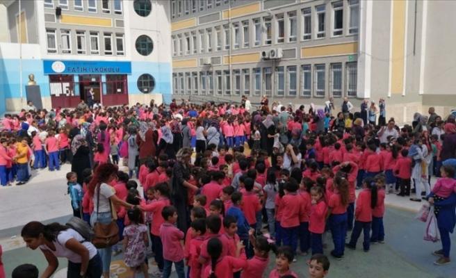 İstanbul'da Okullar Deprem Nedeni İle Tatil Edildi