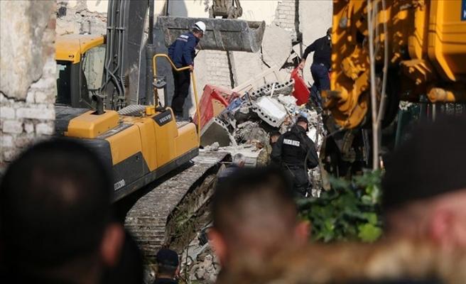 Arnavutluk'ta 6,2 Şiddetindeki Depremde Ölü Sayısı 26'ya Yükseldi