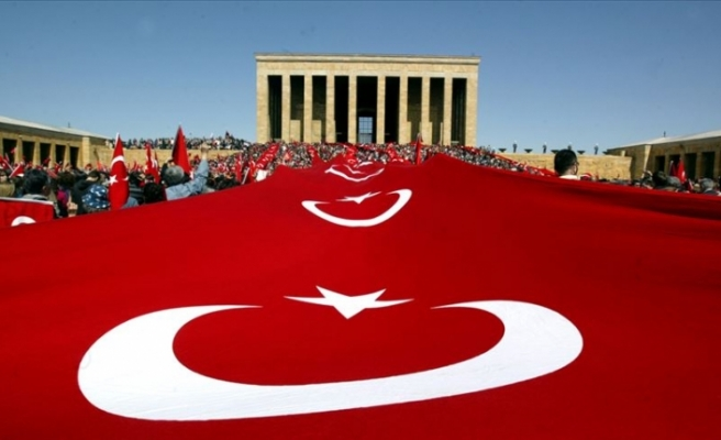 Büyük Önder Mustafa Kemal Atatürk'ü Anıyoruz