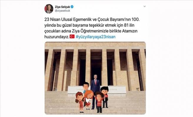 23 Nisan İçin Sosyal Medya Hesaplarını Çocuklara Devretti
