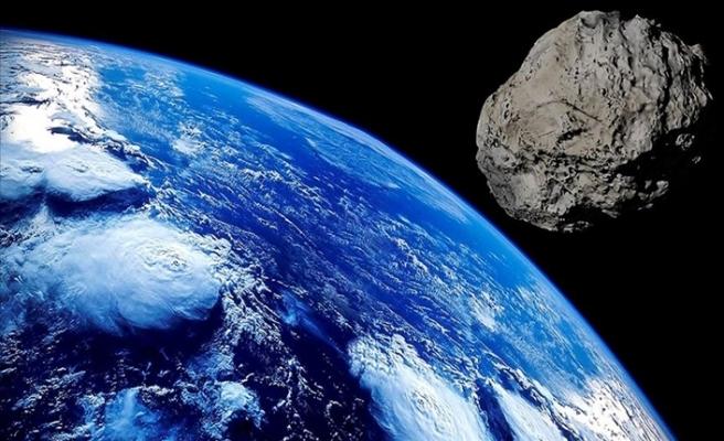 Güneş Sistemi'ndeki Dev Bir Göktaşı Dünya'nın Yakınından Geçecek