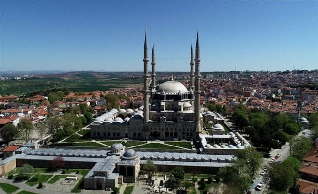 Mukabele Geleneği Selimiye Camii'den Canlı Yayınla Sürdürülüyor