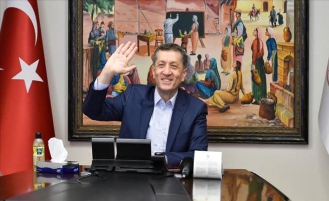 Öğretmenle Eğitim Buluşmalarında Ardahan'daki Meslektaşlarıyla Buluştu