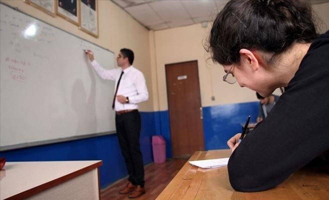 MEB'in Lise Son Sınıf Öğrencilerine Destekleme Kursu Başladı