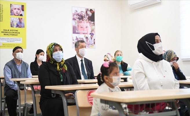 Milli Eğitim Bakanlığı'ndan Özel Eğitim Gereksinimi Olan Öğrencilerin Ailelerine Destek