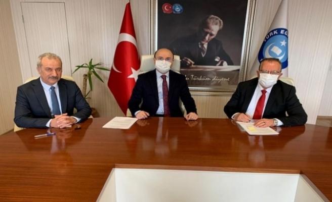 Türk Eğitim-Sen ile Başkent Üniversitesi Arasında Protokol İmzalandı.