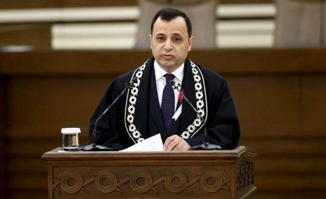 Zühtü Arslan: Anayasa, Yasama, Yürütme ve Yargı Organlarını, İdare Makamlarını Bağlayan Üstün Hukuk Kurallarıdır