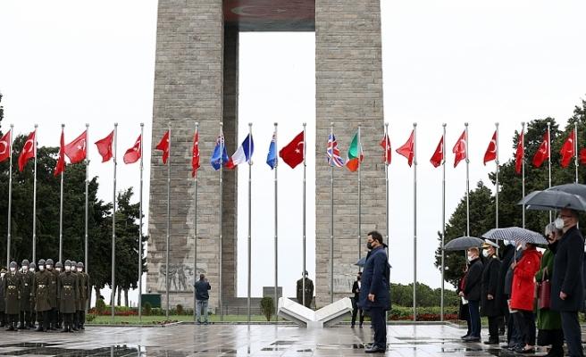 Çanakkale Kara Savaşlarının 106. Yıl Dönümünde Şehitler Anıldı
