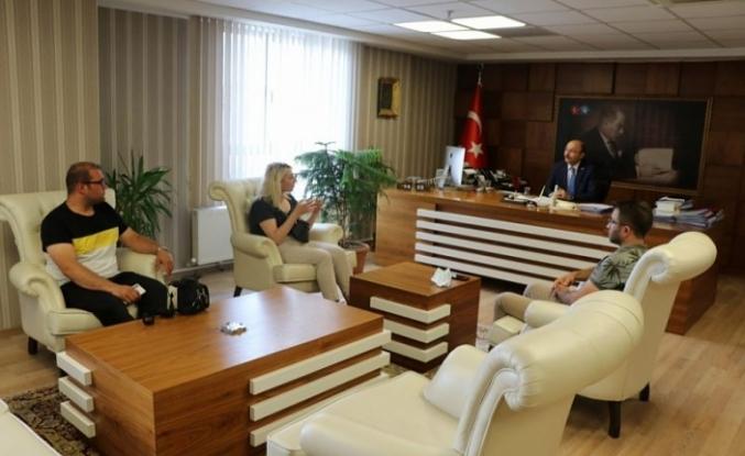 Ataması Yapılmayan Öğretmenler Türk Eğitim-Sen'i Ziyaret Ettiler