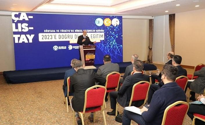 Türk Eğitim-Sen'in Düzenlediği 2023'e Doğru Dijital Eğitim Çalıştayı Başladı