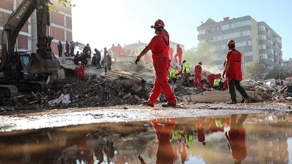 İzmir Depreminde Can Kaybı Artıyor! AFAD Açıkladı